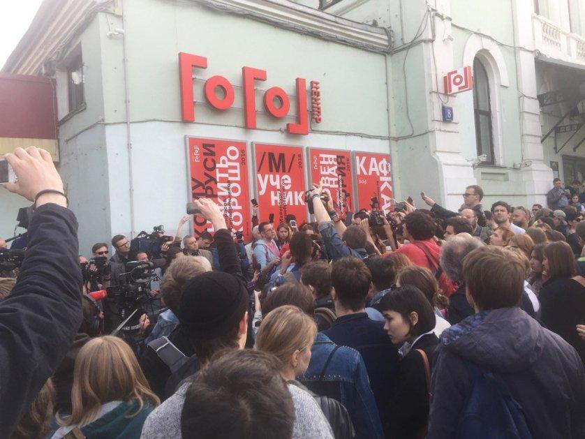 The Washington Post (США): Деятели искусства протестуют против обысков в доме российского режиссера и в театре