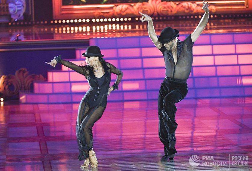 Одна из самых успешных танцевальных пар сезона 2016/2017, итальянцы Эмануэле Солльди и Элиза Насато.