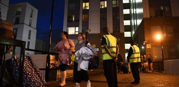 إخلاء فوري لأبراج سكنية في لندن