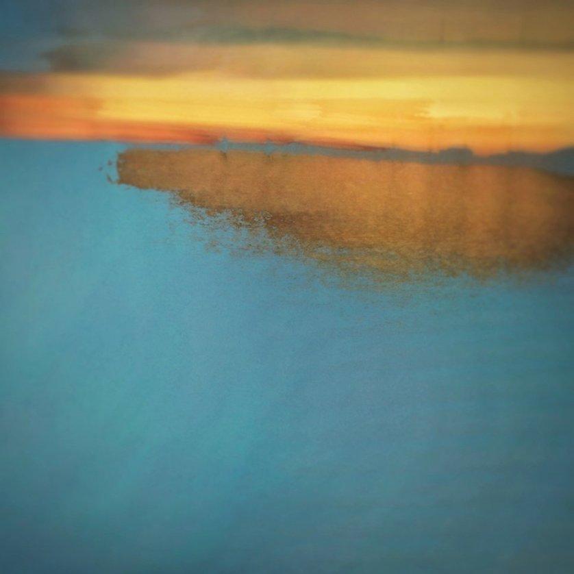 """Работа фотографа из Австралии Кристофера Армстронга, занявшая 1-ое место в категории """"Абстракция""""."""