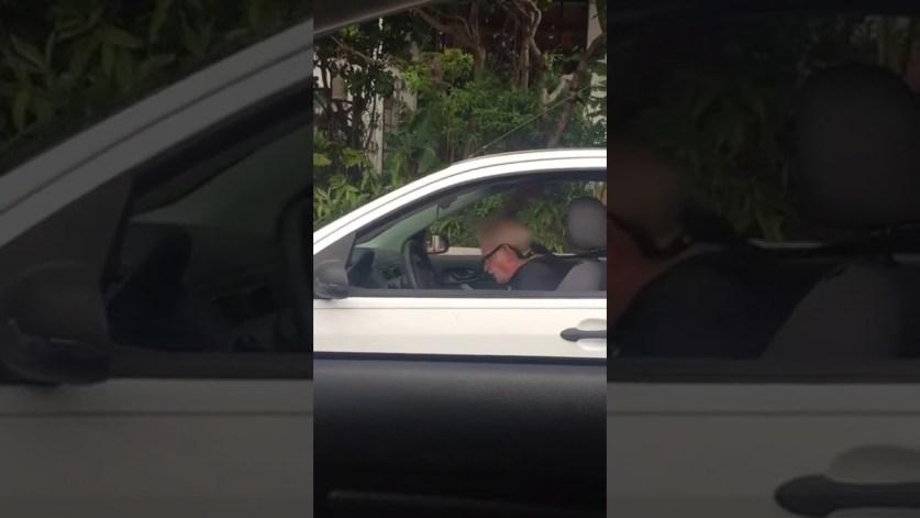 Пожилой водитель показал, как надо получать удовольствие от песен Metallica