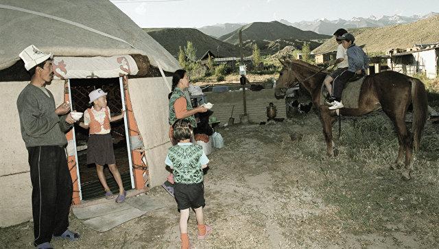 Опрос: более 20% граждан Киргизии поддержали идею легализации многоженства