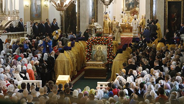 В РПЦ опровергли слухи о молитве с католиками у мощей святого Николая