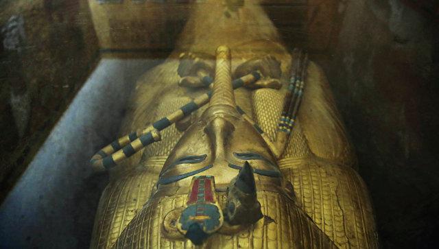 Археолог: Египет скоро объявит об открытии гробницы жены Тутанхамона