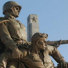 Советские памятники в Польше и Норвегии: как отличить Европу от подделки
