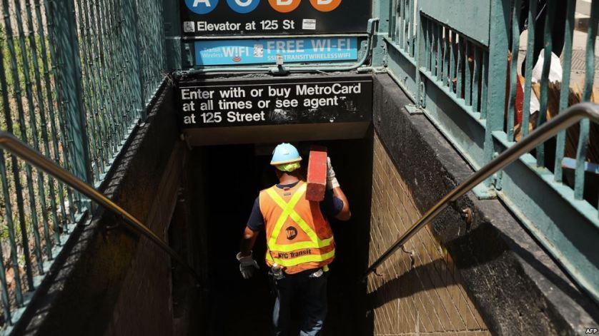 مترو نيويورك يطلب 836 مليون دولار لإجراء إصلاحات فورية