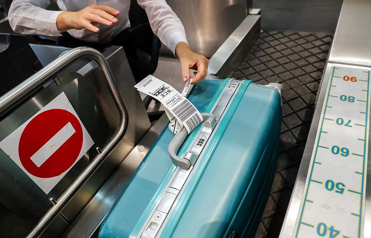 Совфед одобрил закон об отмене бесплатного провоза багажа для авиапассажиров