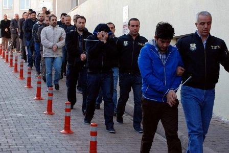 Задержанные по подозрению в причастности к путчу в Турции