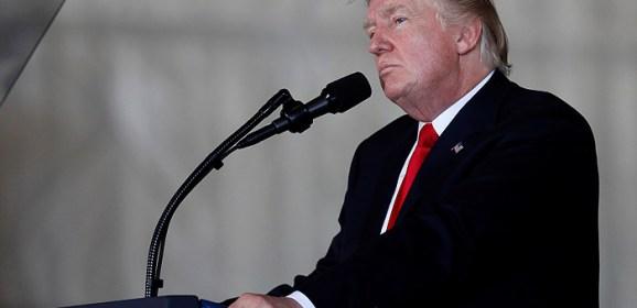 Адвокат Трампа опроверг рассмотрение вопроса о помиловании фигурантов «российского дела»