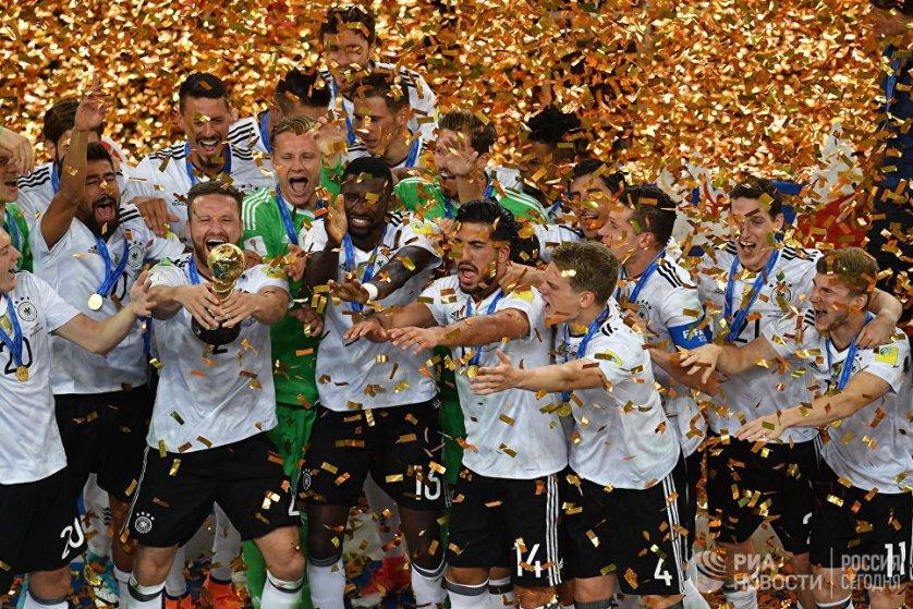 Самым ценным игроком Кубка конфедераций-2017 был признан полузащитник сборной Германии по футболу Юлиан Дракслер, а лучшим бомбардиром - немецкий нападающий Тимо Вернер.