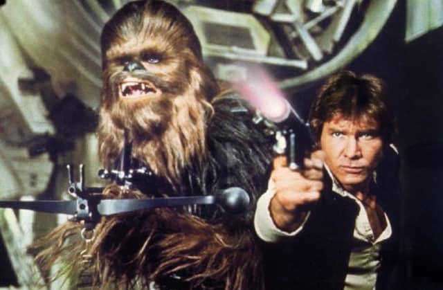 """Кадр из фильма """"Звездные войны: Эпизод IV - Новая надежда"""", режиссер Джордж Лукас, 1977 год"""