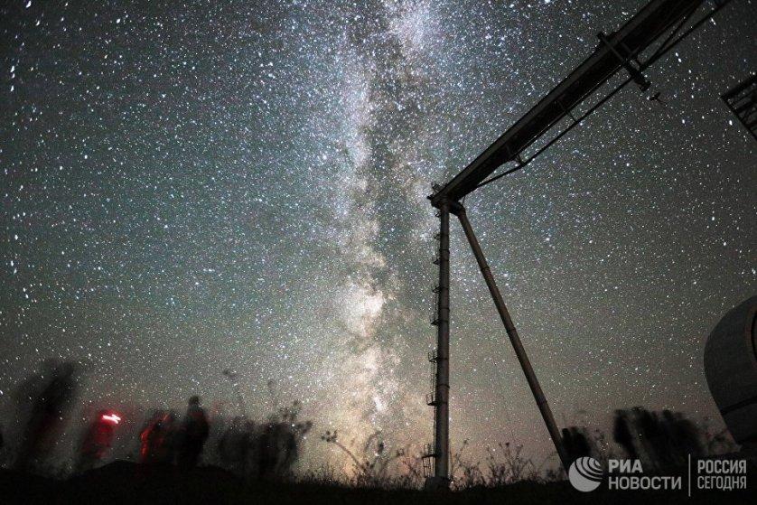 Помимо телескопа БТА в астрофизической обсерватории есть радиотелескоп Ратан-600 с кольцевой многоэлементной антенны диаметром 600 метров. РАТАН-600 сооружен в 20 км от БТА на высоте 970 метров.