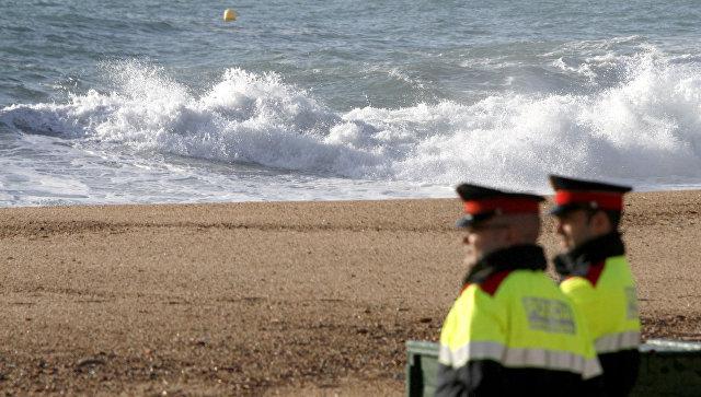 В Каталонии полицейские застрелили мужчину с поясом смертника