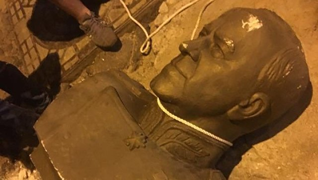 В Одессе разбили бюст маршалу Жукову