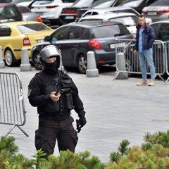 В центре Киева у здания кабинета министров прогремел взрыв
