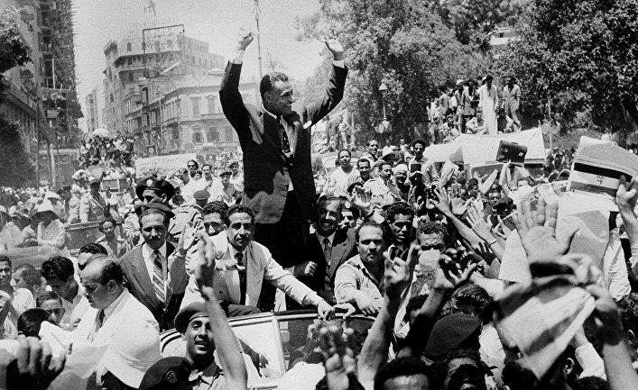 Президент Египта Гамаль Абдель Насер в Каире. 1956 год