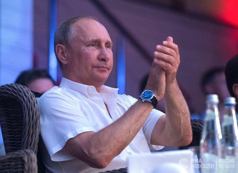 На соревнованиях выступили 20 спортсменов из России, США, Бразилии, Франции и Польши.