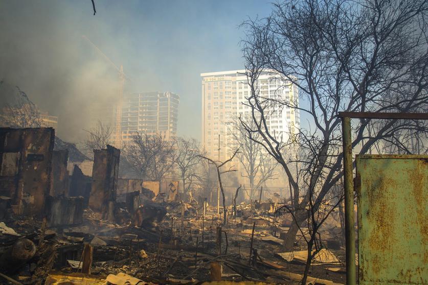 Пострадавшим при пожаре в Ростове-на-Дону выделят более 600 млн рублей