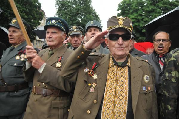 zapad-protiv-rossii-istoriya-vekovogo-licemeriya_1