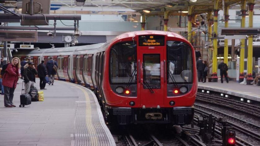 ذي أتلانتك| لماذا يصعب تأمين قطارات أنفاق لندن؟