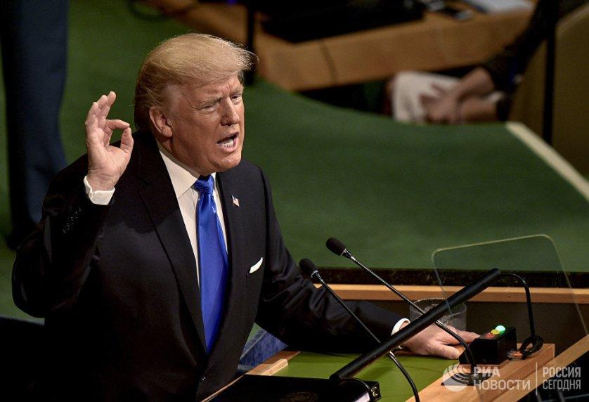 Президент США Дональд Трамп выступает на заседании Генеральной Ассамблеи ООН в Нью-Йорке.