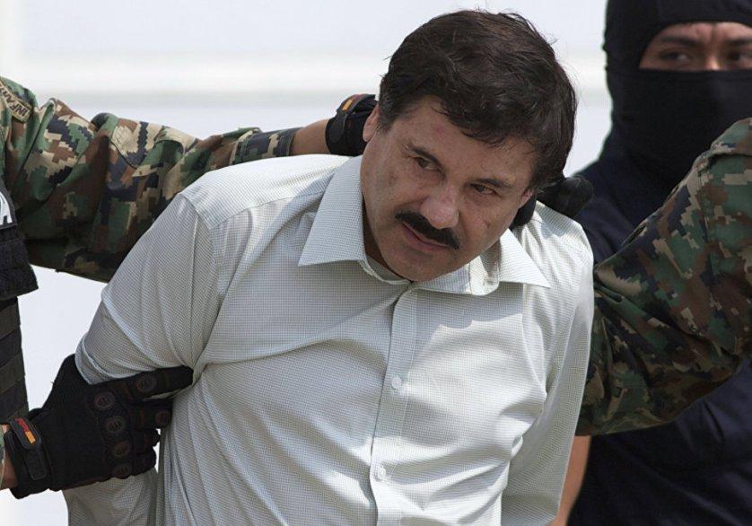 "Глава наркокартеля Синалоа Хоакин Гусман, известный как известен как ""Эль Чапо"", после ареста в Масатлане"
