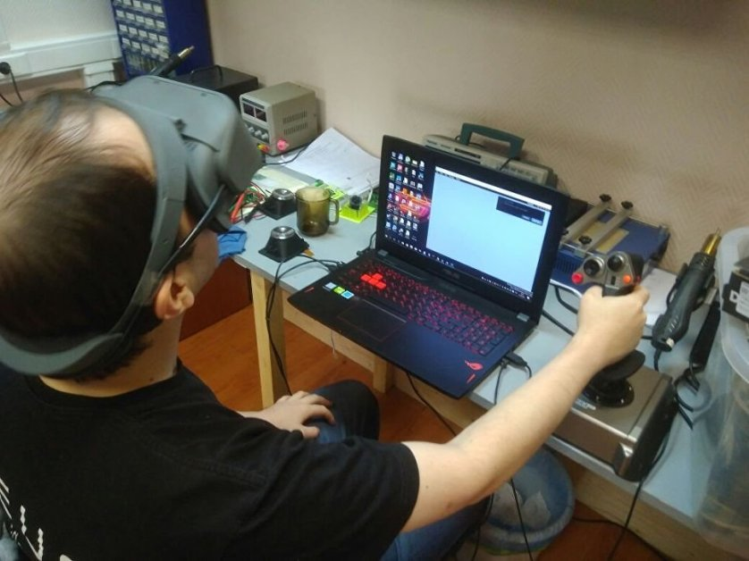 Тестирование прототипа шлема виртуальной реальности Odin DK2