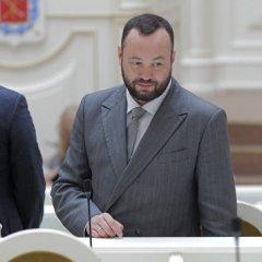 В Петербурге депутат-единоросс вызвал на рэп-баттл коллегу из оппозиции