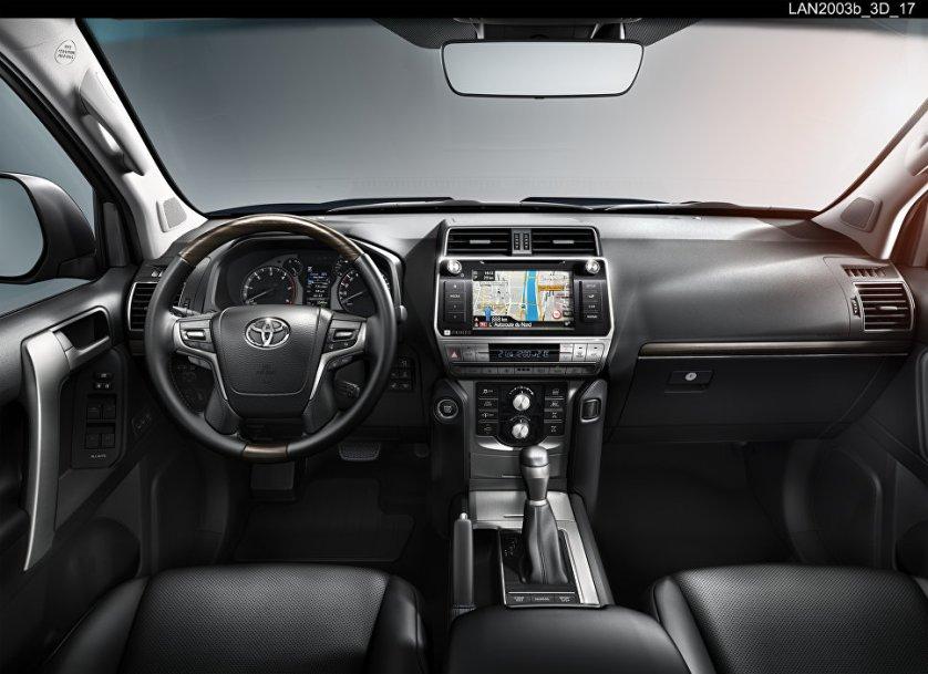 Салон автомобиля Toyota Land Cruiser Prado
