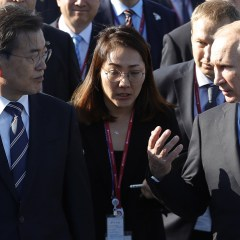 Путин заявил главе Южной Кореи о бессмысленности санкций против КНДР