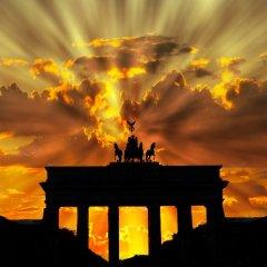 Европа накануне перемен: Берлин цепляется за московскую соломинку