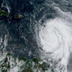 ماريا يتحول إلى إعصار من الفئة الخامسة ويبدأ باجتياح الكاريبي