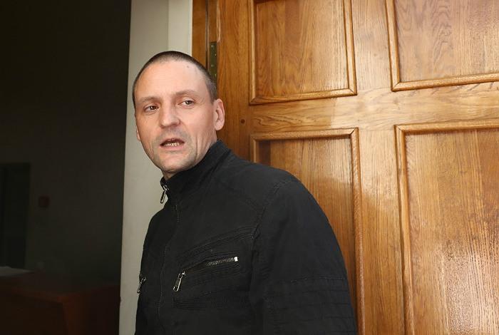 Удальцова арестовали на 5 суток за несанкционированные массовые гуляния