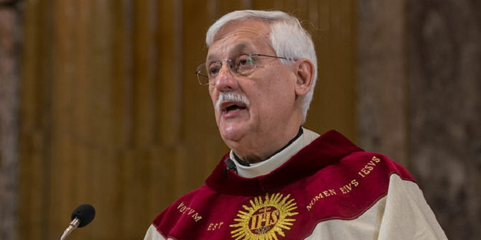 Jesuit Father Arturo Sosa Abascal celebrates Mass Oct. 2 at Rome's Church of the Gesu. Father Sosa, a member of the Jesuits' Venezuelan province, was elected the first non-European superior general of the Society of Jesus. (CNS photo/Don Doll, S.J.) See JESUITS-ELECTION-GENERAL Oct. 14, 2016.
