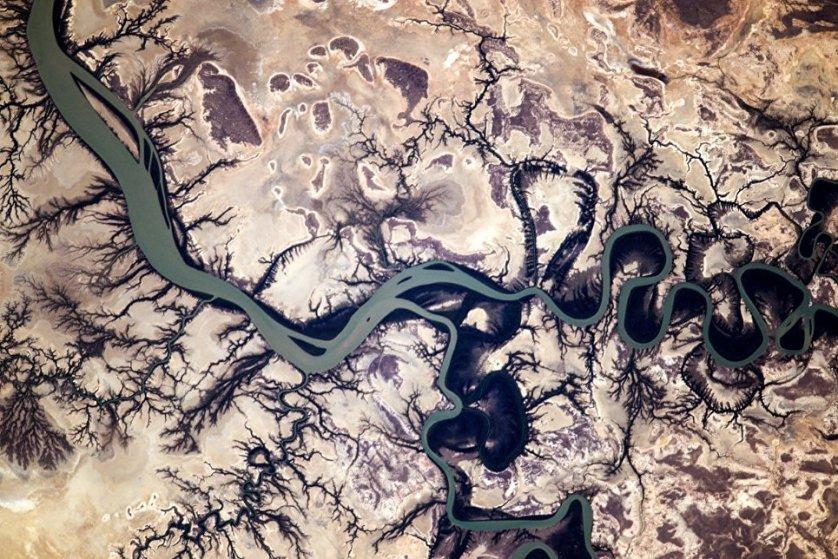 Вид с борта МКС на Австралию.