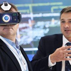 Смартфон трансформируется в очки через десять лет, считает эксперт