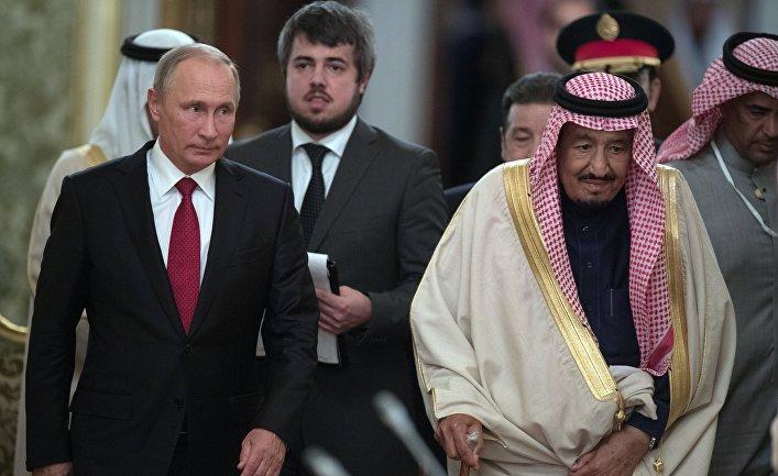 5 октября 2017. Президент РФ Владимир Путин и король Саудовской Аравии Сальман Бен Абдель Азиз Аль Сауд во время встречи.