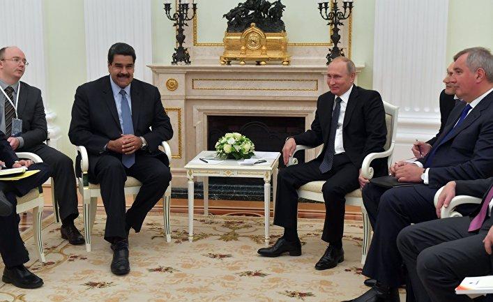 Президент РФ Владимир Путин и президент Боливарианской Республики Венесуэла Николас Мадуро