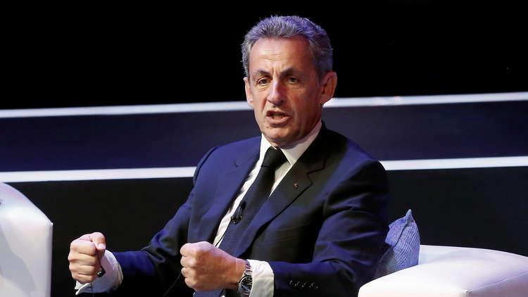 نجل مسؤول ليبي سابق: رفض والدي عرضا من ساركوزي فقصف الناتو منزل أسرتنا!