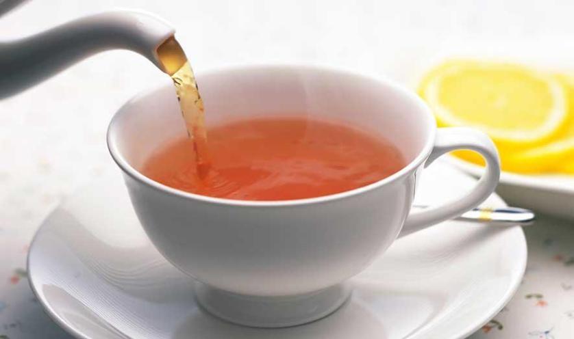 تناول الشاي الساخن مرتبط بالحد من خطر الإصابة بالمياه الزرقاء