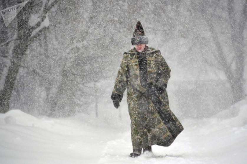 """""""ثلوج القرن"""" تغرق موسكو بالبياض"""