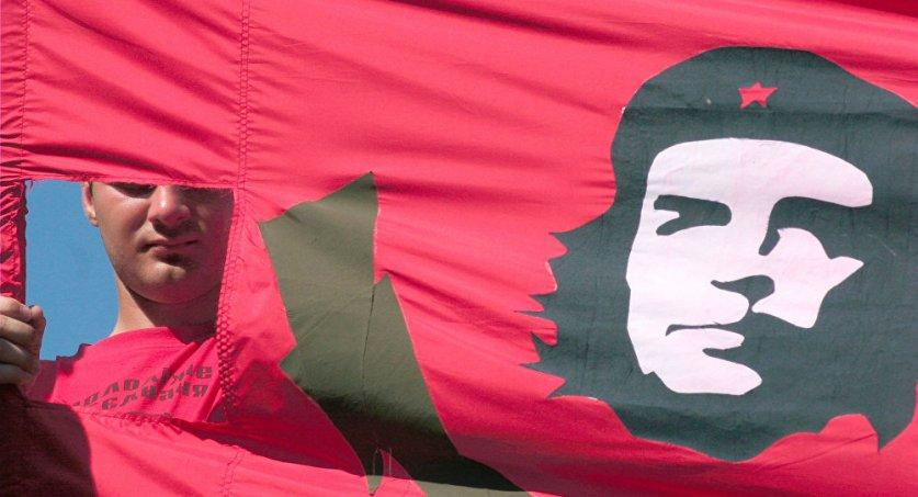 """مهرجان الفرح الأفريقي في تونس يكرم """"تشي غيفارا"""" و""""كوامي نكروما"""""""