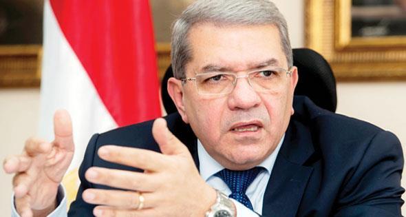 وزير: مصر تطرح 4-6 شركات بالبورصة في 2018 لجمع 12-15 مليار جنيه