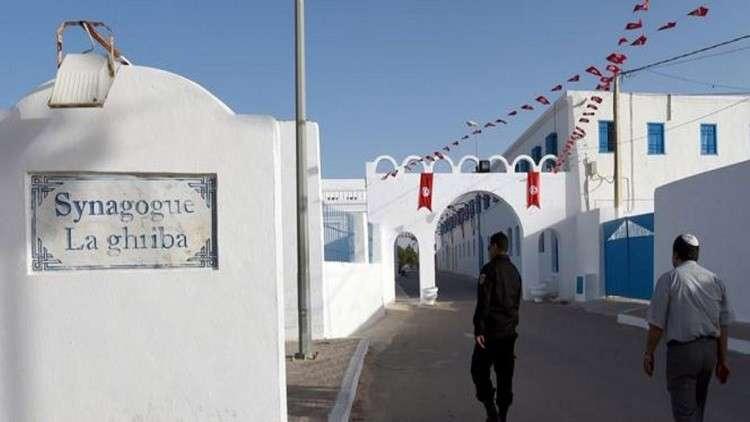 """تونس.. حبس قيادي في حزب """"التحرير"""" لاتهامه الحكومة بحماية عسكريين إسرائيليين"""
