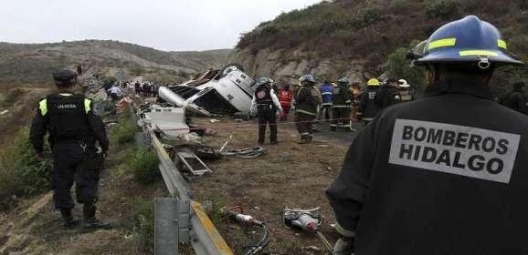 غواتيمالا.. سقوط حافلة رياضيين في هاوية ومقتل 8 من ركابها