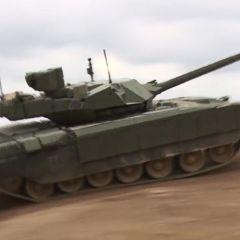 """الكرملين: تحديث التقنيات القديمة يبدو أكثر فاعلية من اقتناء دبابات """"أرماتا"""" الغالية الثمن"""