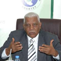 """قنوات وإذاعات السودان العامة والخاصة تهاجر جماعيا إلى """"عرب سات""""!"""