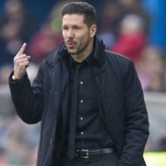 اتليتيكو مدريد يجدد عقد مدربه سيميوني حتى 2022