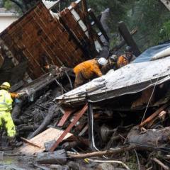 إجلاء مئات بسبب مخاوف من انهيارات طينية في كاليفورنيا