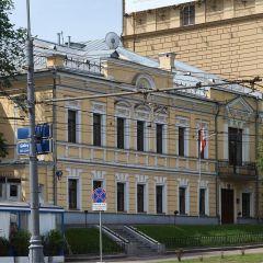 """السفارة اللبنانية في موسكو تلاقي مديح الجالية مع إنشاء """"غرفة الطوارئ"""""""